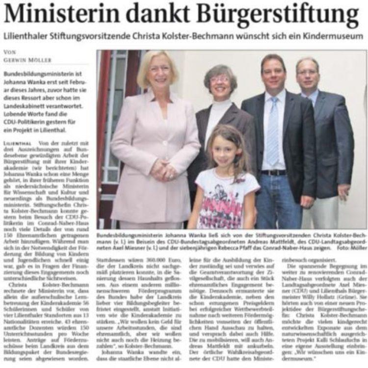 Ministerin dankt Bürgerstiftung