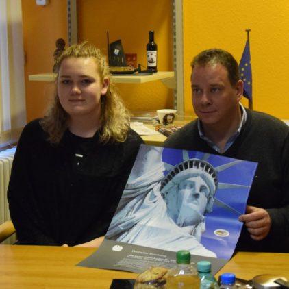 Parlamentarische Patenschaft für 17-jährige Kate Brown aus den USA übernommen