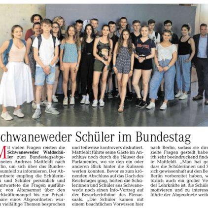 Schwaneweder Waldschüler im Bundestag