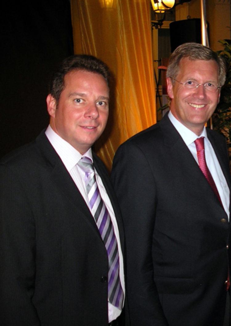 Christian Wulff mit absoluter Mehrheit zum neuen Bundespräsidenten gewählt