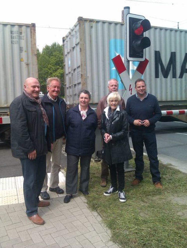 CDU-Politiker fordern Bahnüberführung in Oldenbüttel