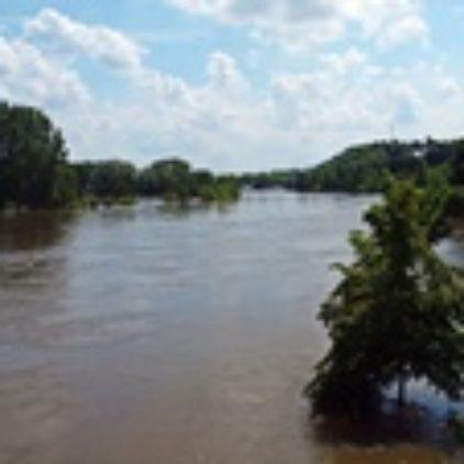 Unsere Feuerwehren in Hochwasser-gebieten