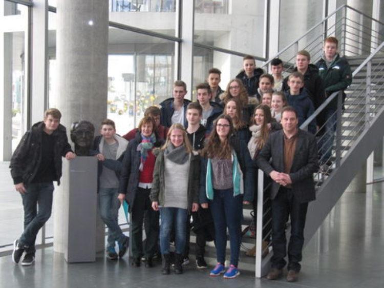 Oberschüler aus Kirchlinteln zu Besuch in Berlin