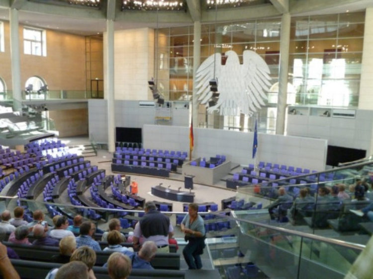 """Sommerreihe """"Den Reichstag entdecken"""" – Teil 4"""