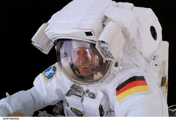 Thomas Reiter during spacewalk node full image 2