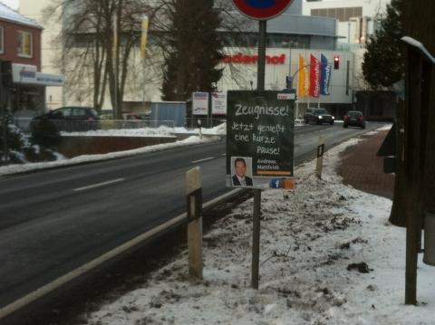 Zeugnisplakat hängend Posthausen