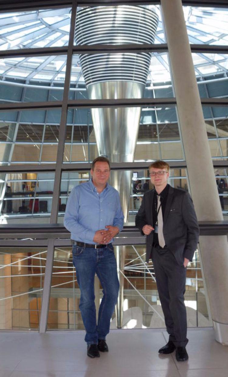 """""""Jugend und Parlament"""" im Bundestag: Gerold Stabel zu Besuch in Berlin"""