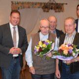 Schwung holen für die nächsten 50 Jahre: Parteimitglieder in Hüttenbusch geehrt