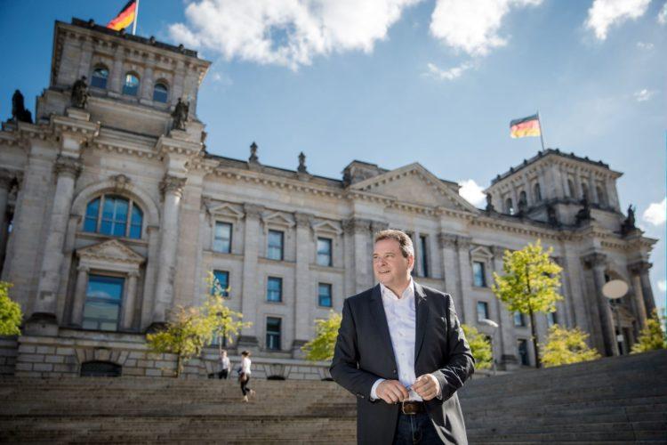 Offene Türen in Kanzleramt, Ministerien und Bundestag