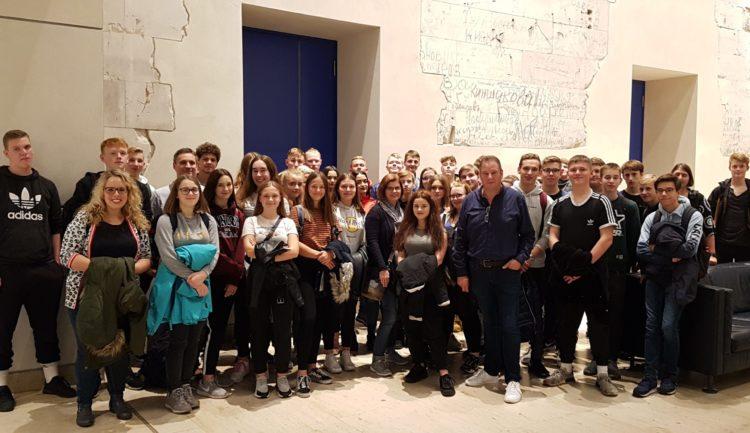Schüler der Waldschule Schwanewede erleben das politische Berlin