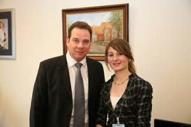 Praktikantin Fiene Christgau zu Besuch in meinem Berliner Büro
